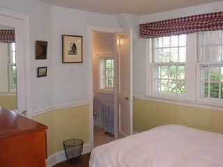 Montauk house photo - Bedroom and half bathroom