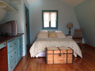 Gayhead - Aquinnah cottage photo - Large Master Bedroom Queen bed, TV w/ DVD/VCR