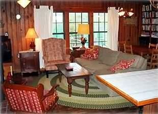 Blue Mountain Beach house photo - Comfortable vintage furnishings