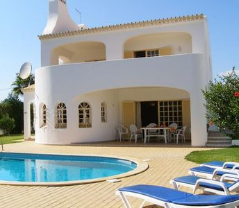 Popular holiday home for 8 persons, with swimming pool, in Coelha