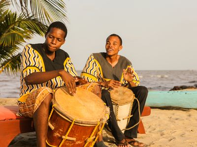 Drumming Entertainment and Beach barbecues on select nights.