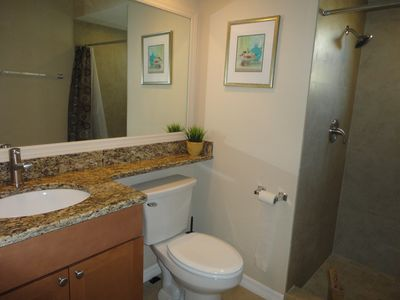 Siesta Key villa rental - Guest Bath-Granite counter, newly tiled shower stall,all new fixtures