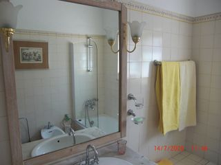 Lagos Town villa photo - One of the 4 bathrooms