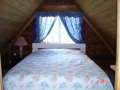 Cabin 1 - upstairs bedroom with queen bed
