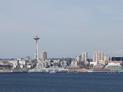 Panoramic view of the Space Needle, the Seattle Skylines to......