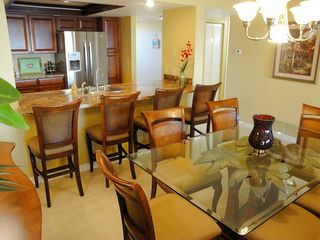 Indian Rocks Beach condo photo - Gorgeous and fully stocked kitchen and dining area - new tile