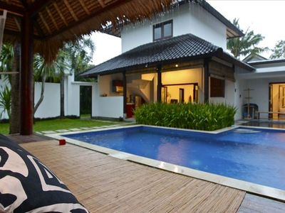 MAIN VILLA & SWIMMING POOL