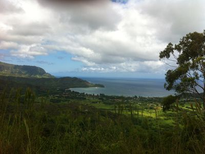 Hiking behind Hanalei Bay