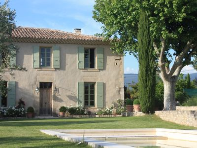 beautiful elegantly restored country house, his property in the Luberon