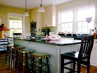Surfside Nantucket house photo - Beautifiul, well-equipped Kitchen with Granite-Topped Center Island