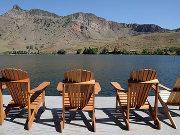 FISH &RELAX ON THE DOCK, STEPS AWAY FROM THE FRONT DOOR, ENJOY ADIRONDACK CHAIRS