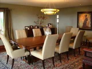 Kula estate photo - Dining Room - up to 10 people