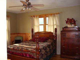 Murphy cabin photo - Spacious Master Bedroom with Private Bath