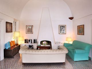 Ravello villa photo - fire place
