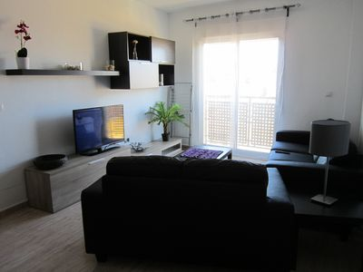 NEW APARTMENT, 3 bedrooms, air conditioning, 5 minutes downtown harbor beach