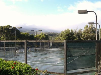 Or play tennis in view of the West Maui Mountains