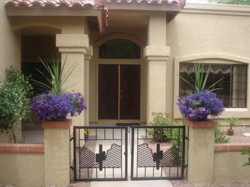 Tucson house rental - Private Gated Courtyard Entrance