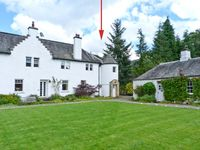 EAST TURRET, family friendly, with a garden in Comrie, Ref 18746