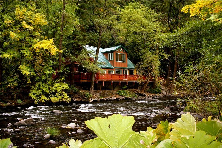 World Class Rustic River Front Home Homeaway Dunsmuir