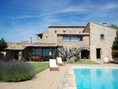 Charming Medieval House with Private Pool - Exceptional Views on the Luberon