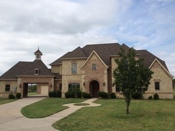 Dallas house rental - Impressive Curb Appeal with plenty of parking