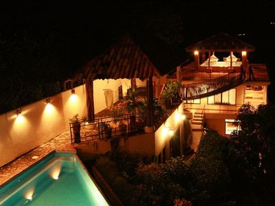 Casa de Serenidad At Night