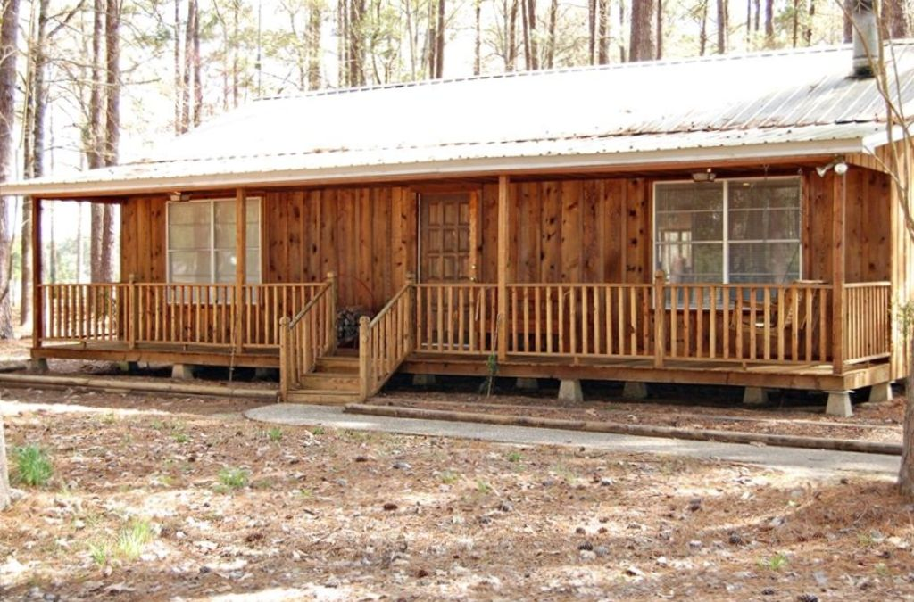 Rental cabin with fishing privileges in vrbo for Fishing cabin rentals