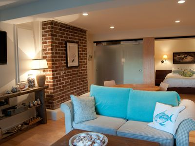 Garden suite's open space living area. Ideal for visiting friends or family.