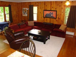 Lake Wallenpaupack house photo - Spacious Living Area