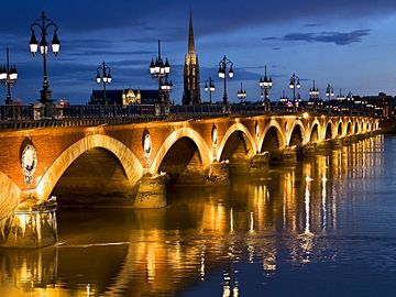 View of Bordeaux - Pont de Pierre