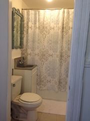 Brooklyn apartment photo - Full Bathroom