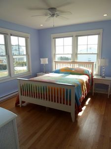 Narragansett cottage rental - Bedroom # 1, Queen Bed