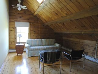 Rhinebeck cabin photo - Upstairs Giuest Room With Queen Pullout Couch