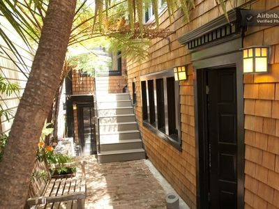 CHARMING ONE BEDROOM IN THE CASTRO'S BEST BLOCK! - Shared side garden
