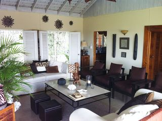 Runaway Bay villa photo - Tropical living room with tv, amazing views over ocean and mountains
