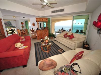 Living Room, Bar and Morning Room with unobstructed beach views North & South