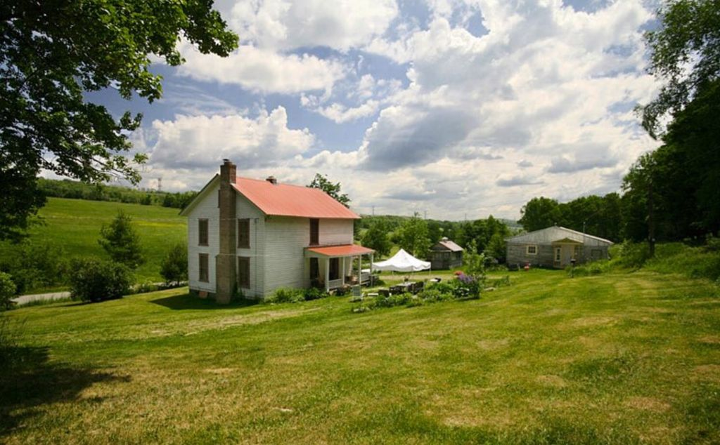 Three Whiskers Farm Guest House On 20 Homeaway New York