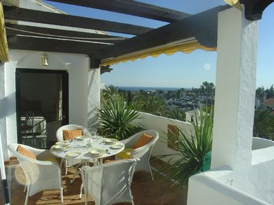 Luxury Penthouse-Sea view-Large terraces WIFI-Walk to Restaurants, Beach & Banus