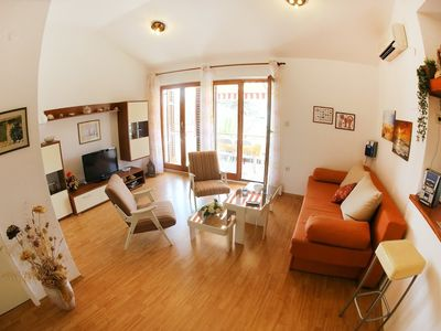 image for Apartment in Ist with Air conditioning, Balcony, Garden (650643)