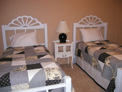 Upper twin bedroom