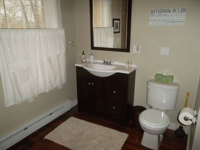 Woodstock barn rental - Bathroom