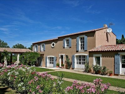 Luxurious 5 Double Bedroom Villa with Large Heated Pool and Gardens