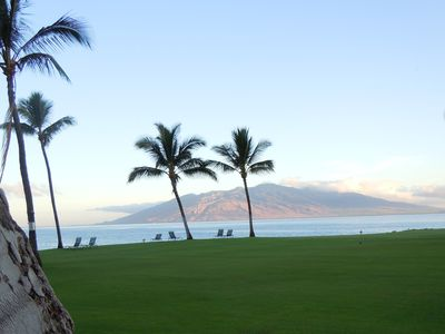 Early morning view across the peaceful Kihei Surfside lawn (West Maui Mountains)