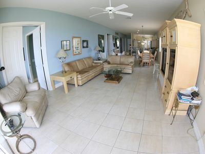 Luxury 3 bedroom Beachfront Condo with Golf Cart (Optional)