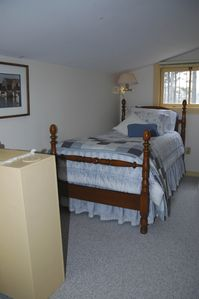 Friendship cottage rental - Twin bedroom
