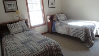 Lake Norman house photo - Twin beds upstairs. Looks out toward the road.