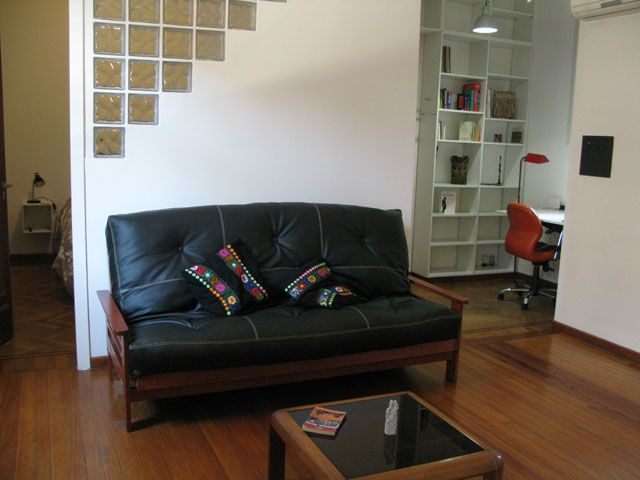 Hip 1 Bedroom Apartment/40m2. Central Location. Totally Renovated. Sleeps 2+2
