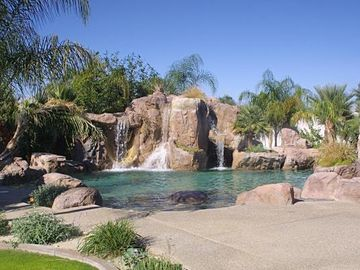 Rancho Mirage house rental - Pool and Waterfalls