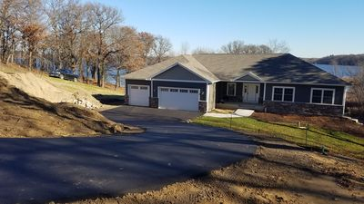 Exquisite New Const. Lake Home only 1 hr North.  Same owner as house #488893