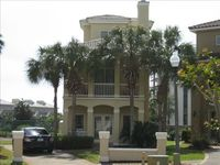 Newly Listed Home, 1/2 Block to Beach, Next to Pool, Sleeps 10 (no students)